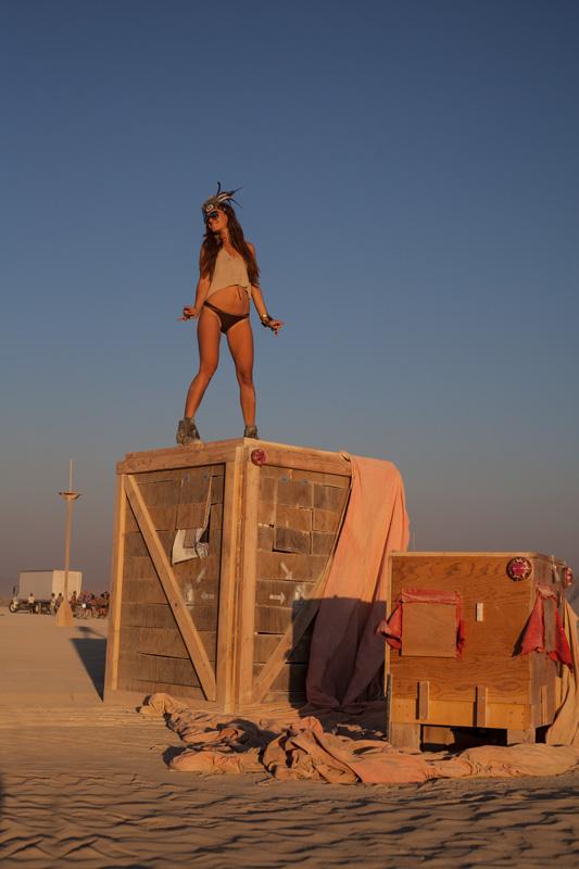 Vw San Diego >> Burning Man 2013 - Cargo Cult - Hippie Van ManHippie Van Man
